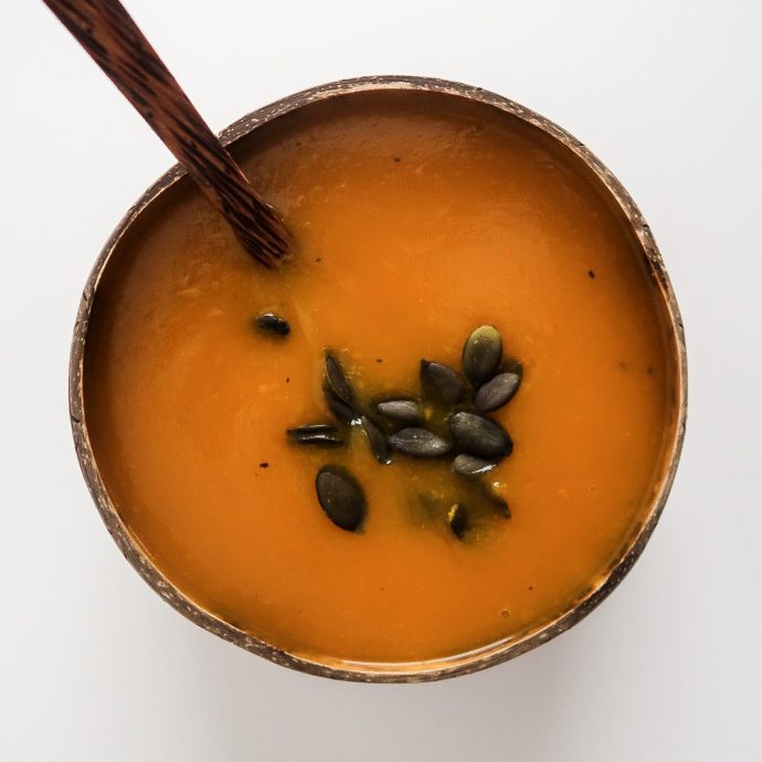 Pumpkin Apple Soup (vegan & oil-free)