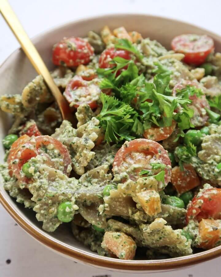 healthy-vegan-pasta-salad-pesto
