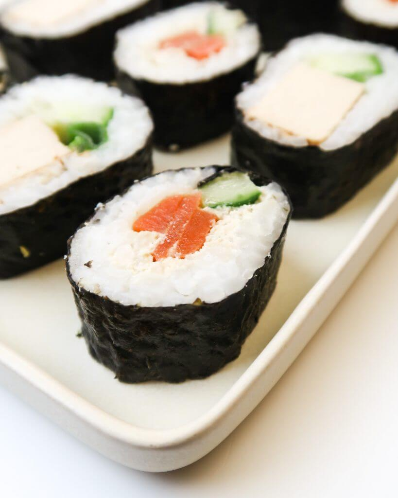 vegan-sushi-carrot-lox
