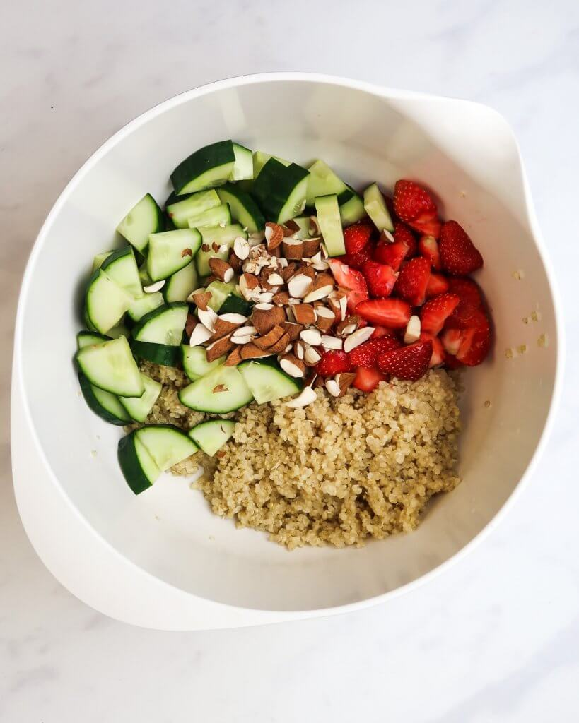 quinoa-strawberry-salad