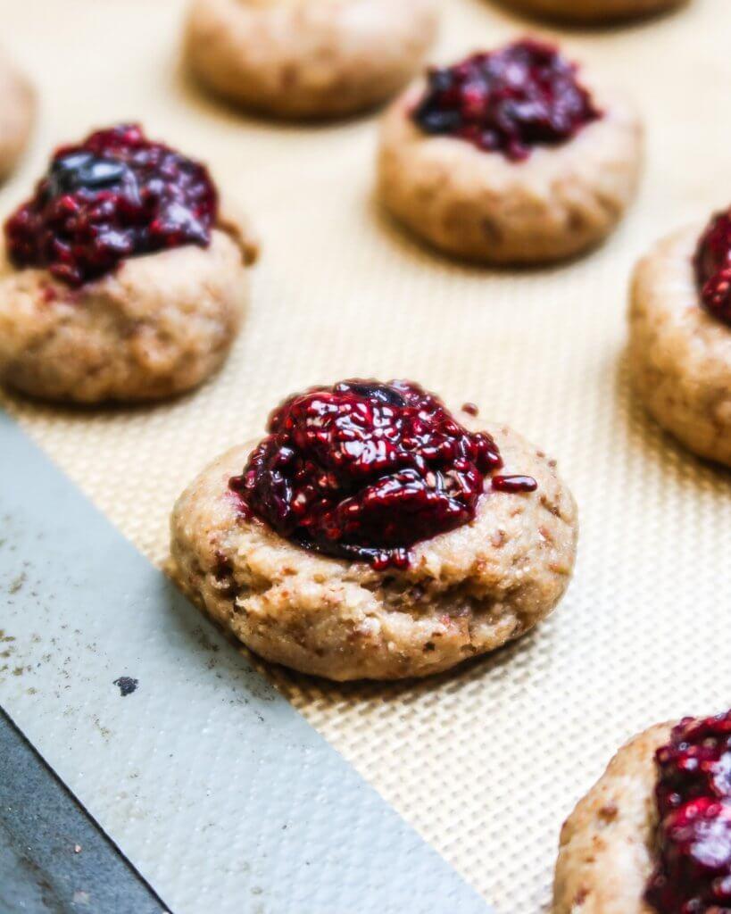 healthy-vegan-thumbprint-cookies-filled-chia-jam
