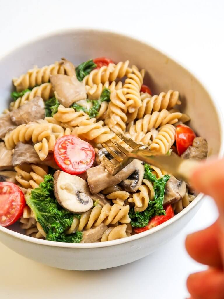 creamy-vegan-mushroom-pasta