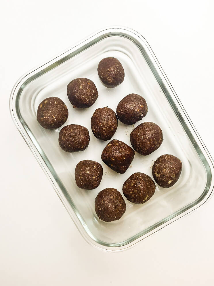 chocolate-snack-balls
