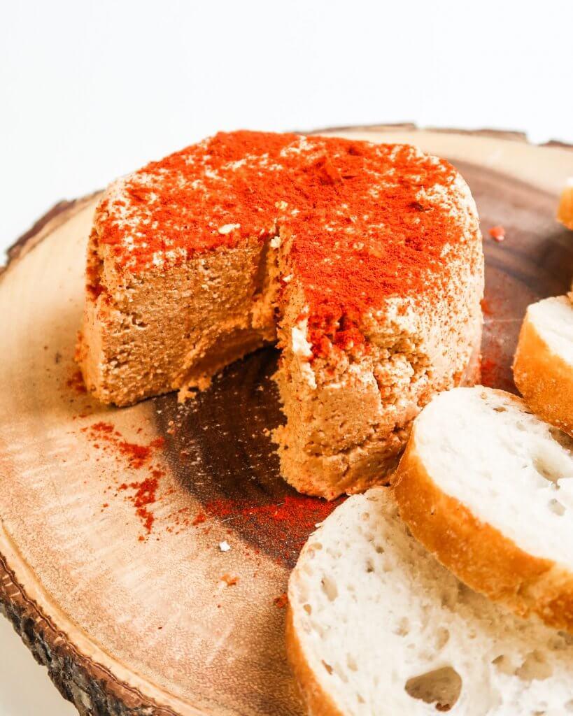 vegan-almond-chili-cheese